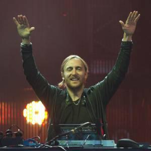 En 3ème position, le groupe Swedish House Mafia (très discret) a gagné 14 millions. Avec 13,5 millions de dollars, David Guetta occupe la 4ème place