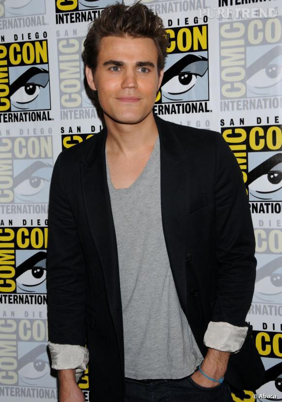 """Paul Wesley joue Stefan Salvatore dans """"Vampire Diaries""""... Stefan est censé avoir été transformé en vampire à l'âge de 17 ans. Mais voilà, l'acteur en a 30 !!"""