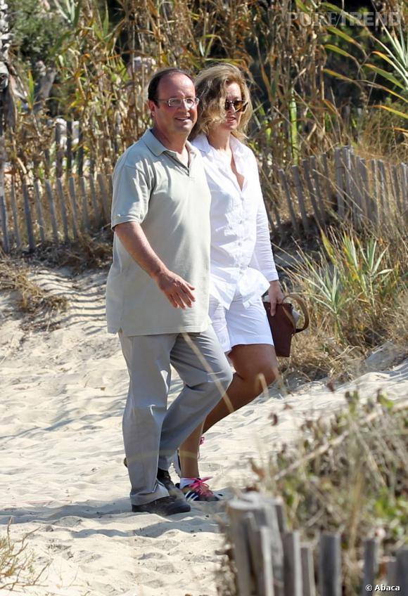 Le look avec François : Très décontracté en vacances, le couple opte pour du casual