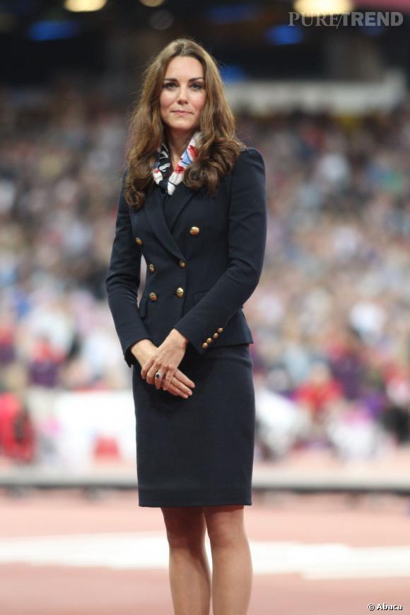 Kate Middleton à la cérémonie de remise de la médaille d'or de lancer de disque aux jeux paralympiques.