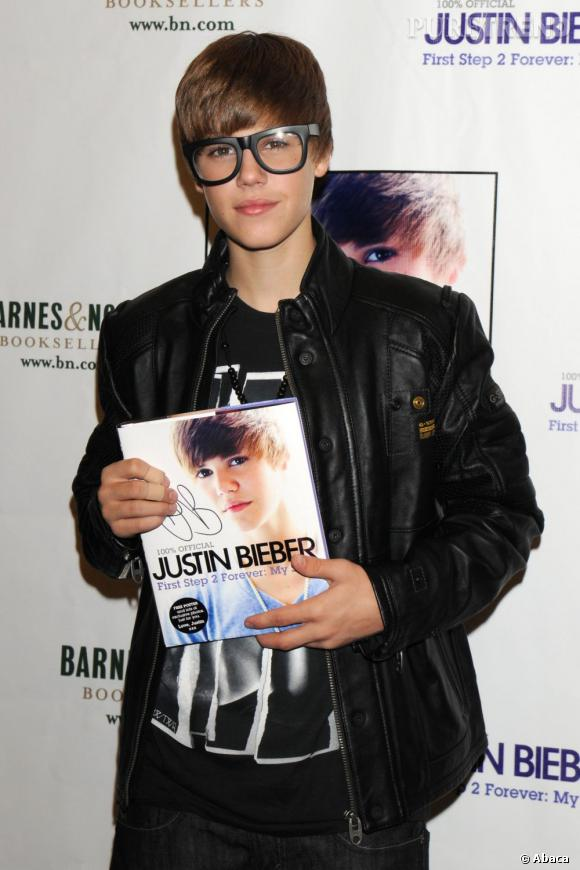 """""""Les malheurs de Bieber"""" voilà le titre du prochain livre du chanteur."""