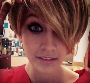 Paris Jackson, sa coupe garçonne et ses looks destroy : se prend-elle pour Miley Cyrus ?