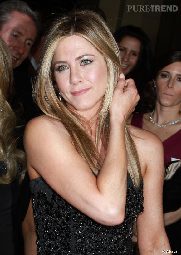 Le faux nom de Jennifer Aniston : Mrs. Smith. Un rapport avec le film qui a réuni pour la première fois Brad Pitt et Angelina Jolie ?
