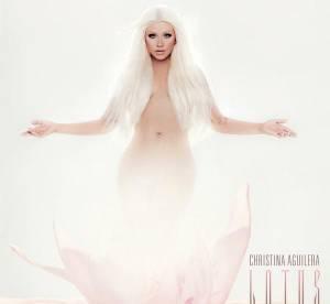 Christina Aguilera nue pour son nouvel album ''Lotus'', elle assume ses formes