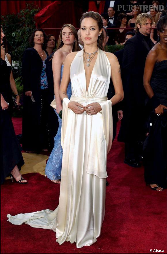 Angelina Jolie devrait se marier en L'Wren Scott.