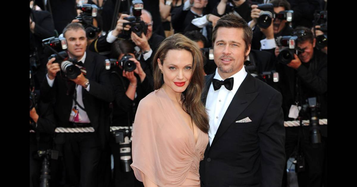 Le mariage d 39 angelina jolie et brad pitt arrive grands for Robes de mariage en consignation richmond va