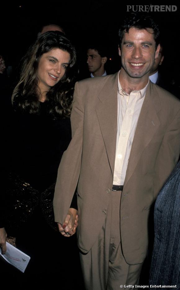 """Kirstie Alley et John Travolta en octobre 1989 à la première de """"Allo maman, ici bébé"""" à Los Angeles."""