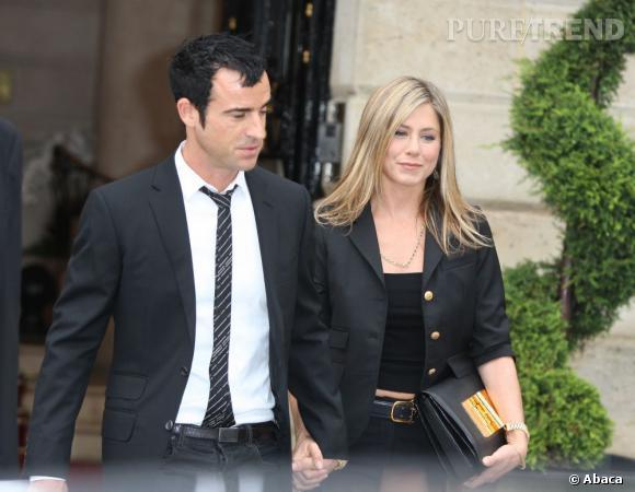 ... à moins que ce soit Jennifer Aniston, pressée de se marier et d'en finir avec son statut d'éternelle célibataire ?