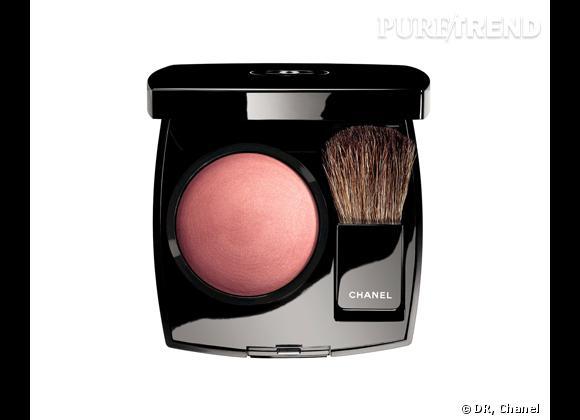 Joues Contraste, Rose Pétale, Collection Maquillage Croisière 2012 de Chanel, 37 €.
