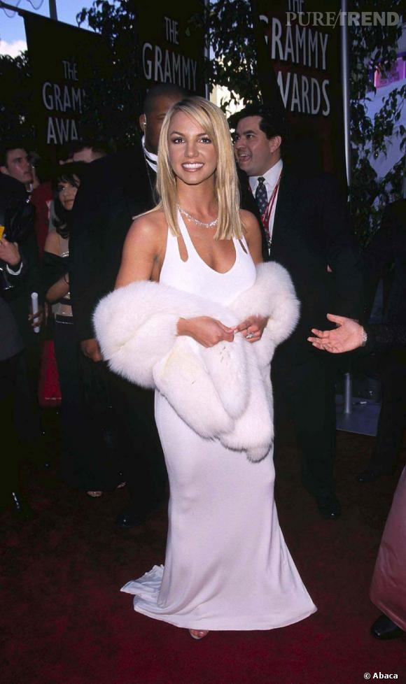 Le flop robe blanche  : Britney joue les Marilyn.