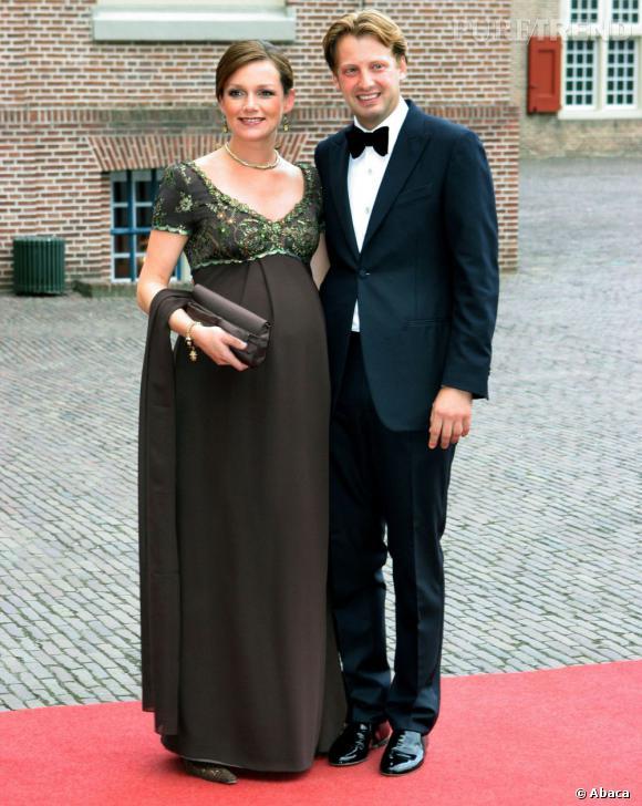 La Princesse Aimée des Pays-Bas a deux enfants, Magali  et Eliane.