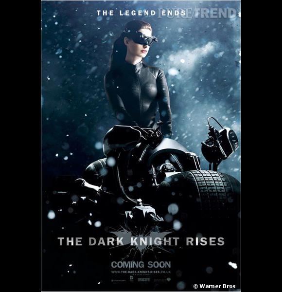 Anne Hathaway n'arrive pas à oublier son personnage de Catwoman...