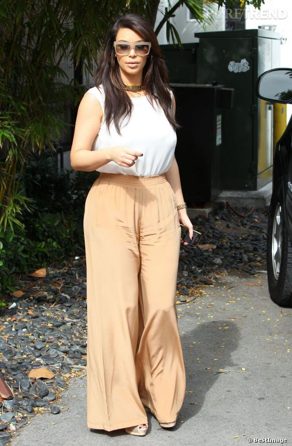 Kim Kardashian joue la fille sage... Mais ça ne lui réussit pas.