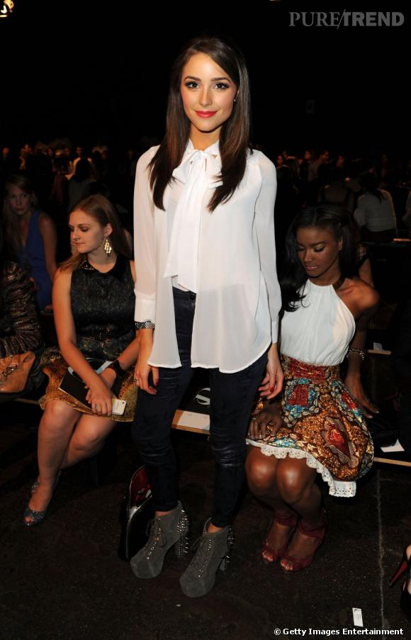 Olivia Culpo en front row à la Fashion Week new-yorkaise.