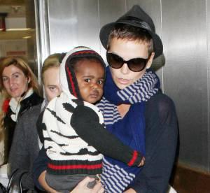 Charlize Theron : maman meconnaissable mais tendance