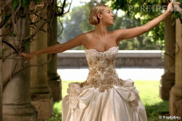 beyonce sa fausse robe de mariee a vendre On beyonce photos de robe de mariage