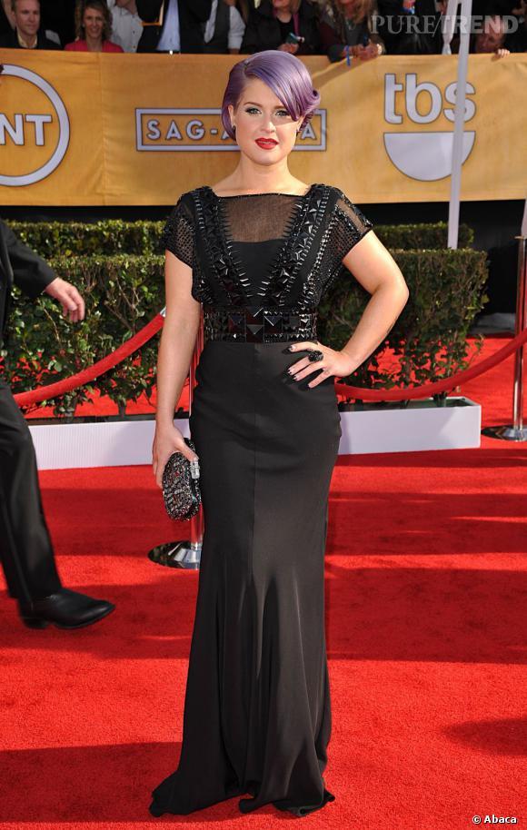 Kelly Osbourne aux SAG Awards 2013 porte une robe Jenny Packham.