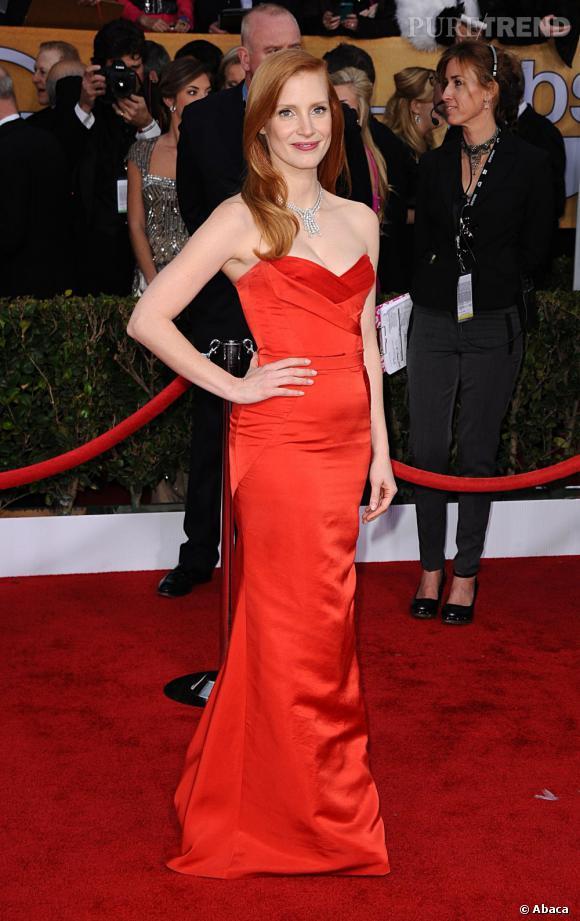 Jessica Chastain aux SAG Awards 2013 porte une robe Alexander McQueen.