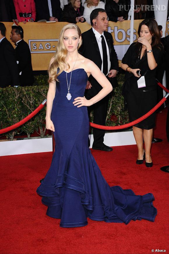 Amanda Seyfried aux SAG Awards 2013 porte une robe Zac Posen.
