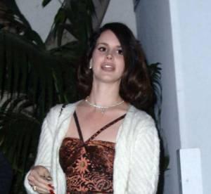 Lana Del Rey, coincee dans le passe... Le flop mode