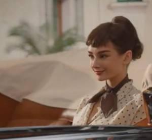 Vidéo d'Audrey Hepburn dans la publicité pour les chocolats Galaxy.