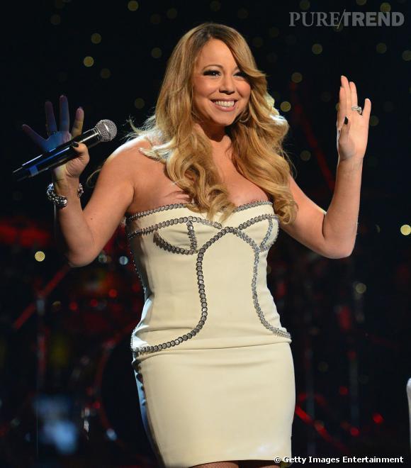 Mariah Carey, un téton qui pointe le bout de son nez lors de la soirée anniversaire de So So Def Recording à Atlanta.