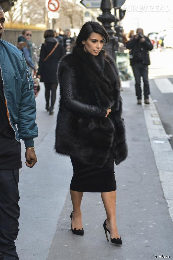 Kim Kardashian l'avoue elle-même : elle a grossi mais son ventre ne pointe toujours pas !