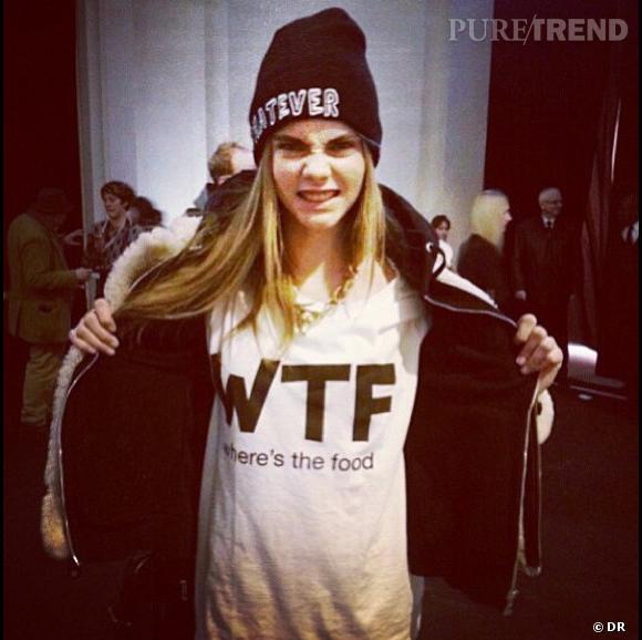 Cara Delevingne fait sa Fashion Week de Paris sur Instagram.