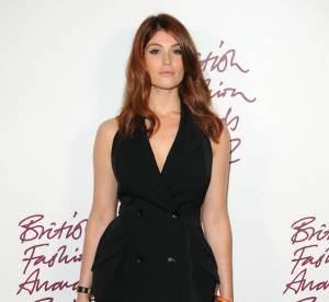 Gemma Arterton vs Shailene Woodley : le smoking sexy Stella McCartney
