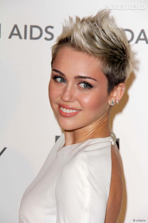 Miley Cyrus s'est fait un tatouage du meilleur goût.