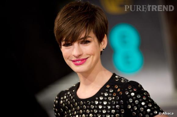 La coupe courte d'Anne Hathaway a été élue coupe la plus influente du cinéma.