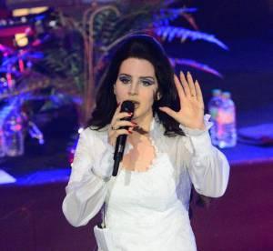 Lana Del Rey : des froufrous immacules pour son concert a l'Olympia