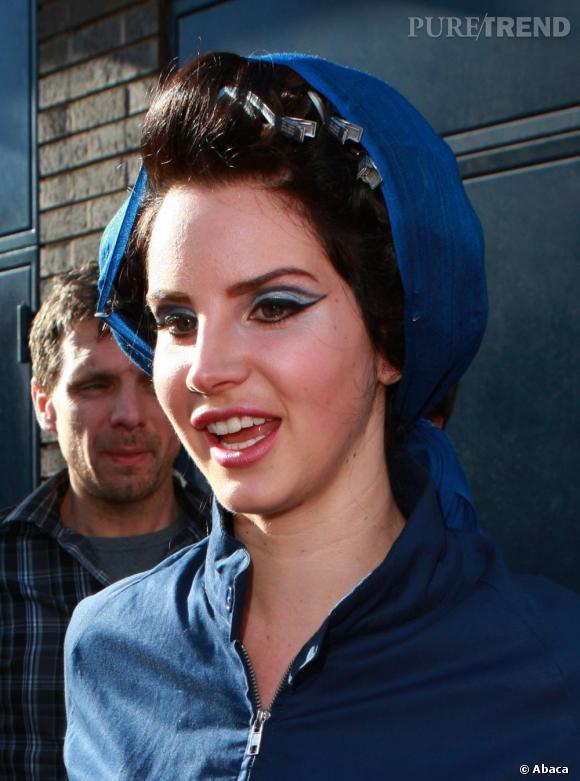 Lana Del Rey, la pin up n'est pas vraiment à son avantage.