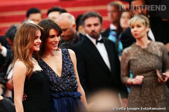 """Barbara Palvin et Milla Jovovich montent les marches pour le film """"All is lost"""" en cette huitième journée de festival."""
