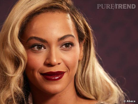 Beyoncé : une bouche foncée à copier.