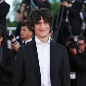 """Louis Garrel pour la présentation du film """"Des hommes et des Dieux"""" à Cannes, l'acteur est au top."""