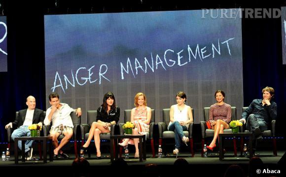 """Le casting d'""""Anger Management"""" lors de la présentation du show."""
