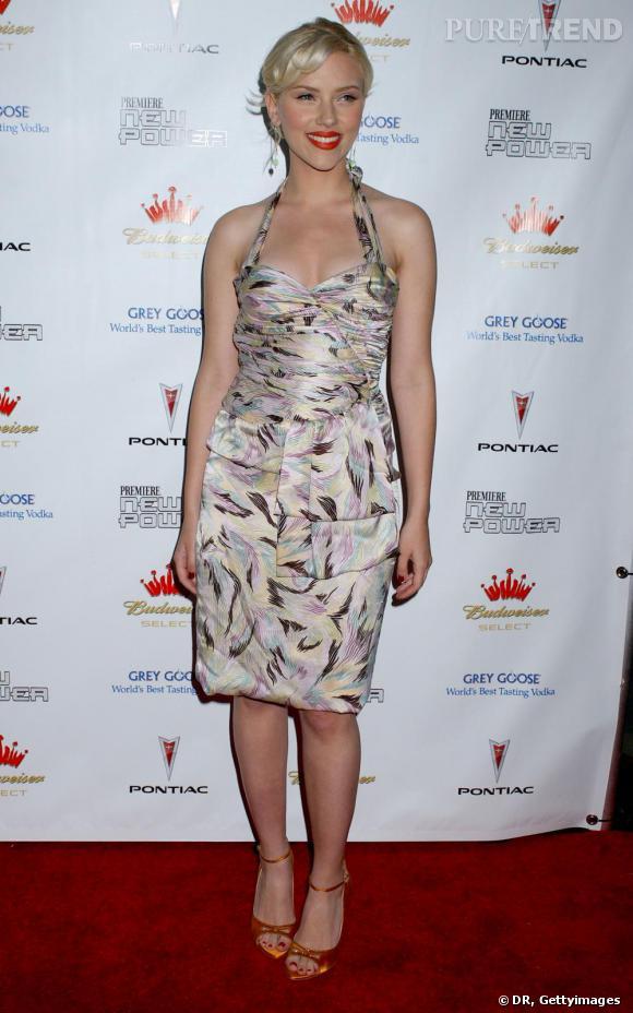 Scarlett Johansson : blondeur nordique, formes voluptueuses, la belle a tout compris.