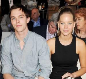 Jennifer Lawrence s'est-elle débarrassée de son Oscar pour Nicholas Hoult ?