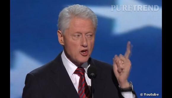 """C'est au tour de Bill Clinton d'avoir sa propre parodie musicale ! Et en prenant quelques passages de ses discours, on obtient la fameuse chanson """"Blurred Lines""""."""