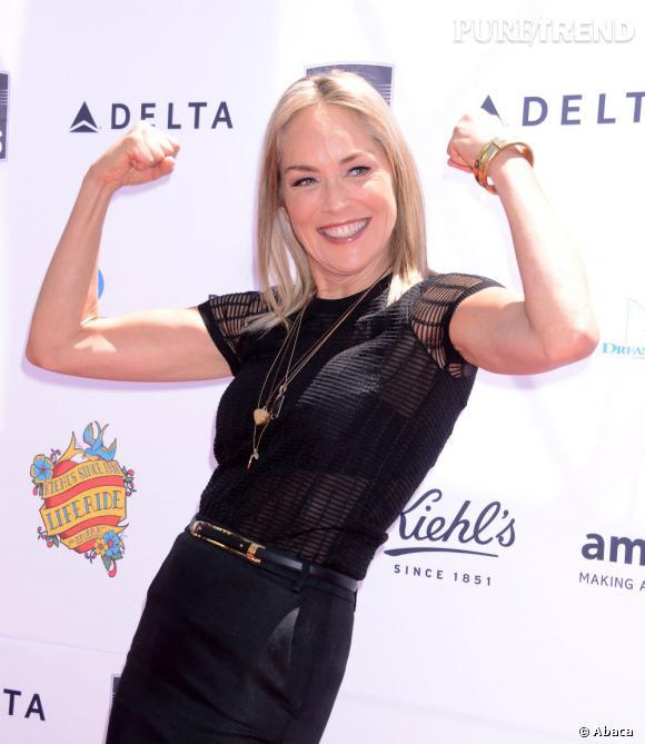 Le secret du corps sublime de Sharon Stone : le sport... même sur tapis rouge.