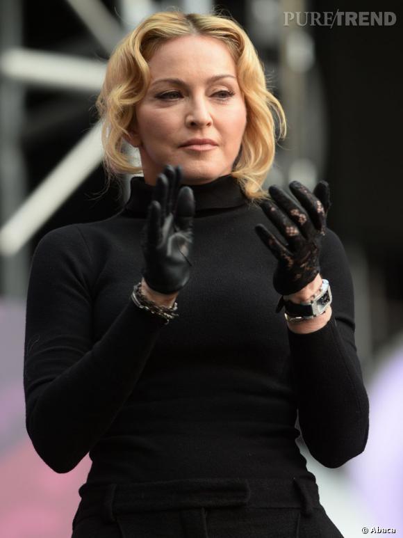Le Fat Transfer, l'intervention qui promet des mains plus jeunes pour éviter de devoir porter des gants, comme Madonna.