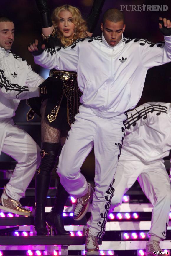 Madonna et Brahim Zaibat sur scène.