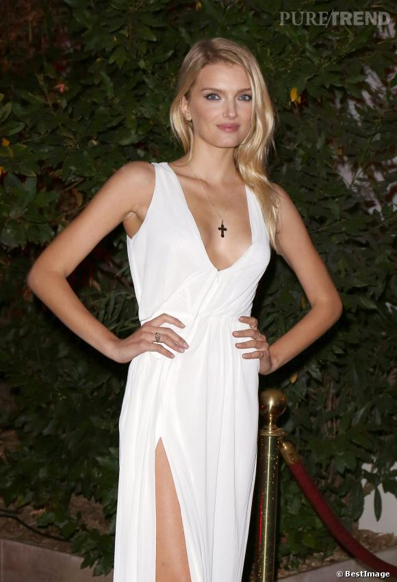 Robe sexy, make up impeccable, Lily Donaldson remporte tous les suffrages.