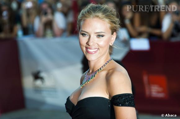 Scarlett Johansson à Venise, un décolleté à tomber !
