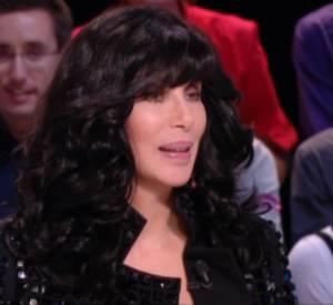"""Cher sur le plateau du """"Grand Journal"""" de Canal + ce mercredi 9 octobre 2013."""