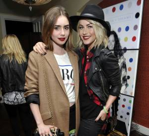 Lily Collins et Julianne Hough, un duo à la pointe de la mode.