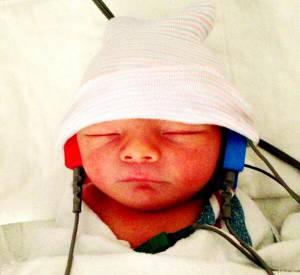 Fergie et Josh Duhamel nous présentaient Axl, quelques jours après sa naissance...
