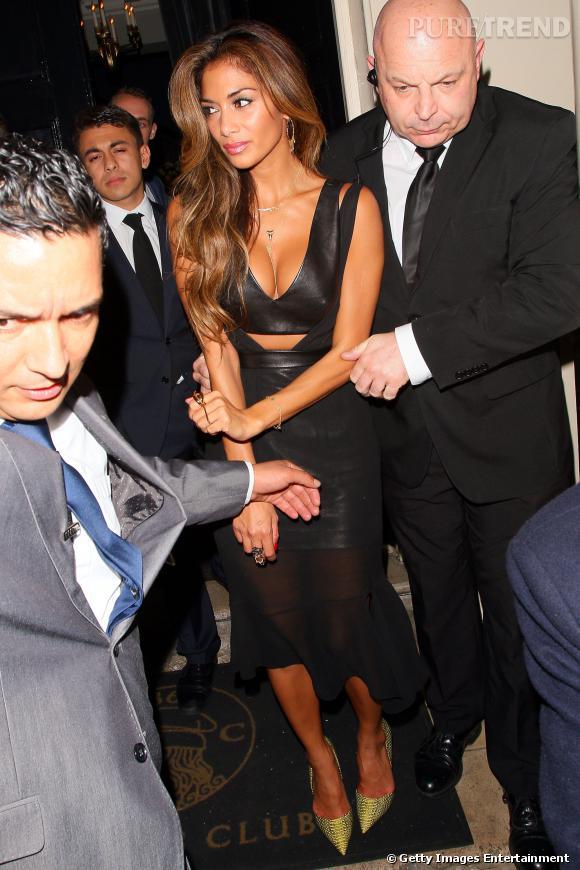 Nicole Scherzinger arbore une tenue des plus sexy.
