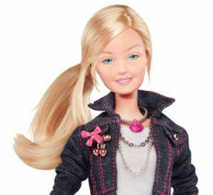Barbie sans maquillage fait un peu grise mine.